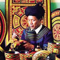 寻找西昌的彝族文化元素彝·族漆器