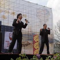 山鹰组合等在中国武定牡丹文化旅游节开幕式